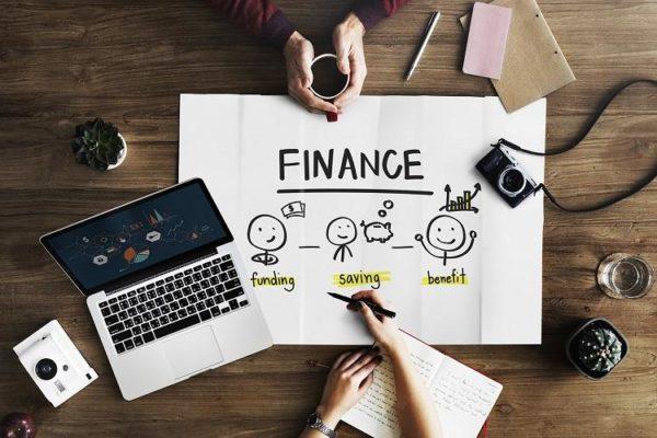 Số tiền tiết kiệm cần có trong tài khoản của bạn ở tuổi 30, 40, 50
